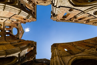 Tuscany photo spots - Abbey of San Galgano - interior