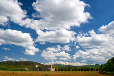 Tuscany photography spots - Abbey of San Galgano