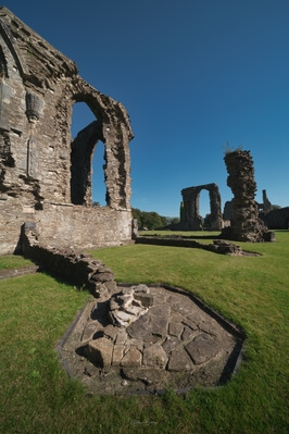 photos of South Wales - Neath Abbey - Interior