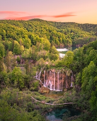 photos of Plitvice Lakes NP - Veliki Prštavac from above