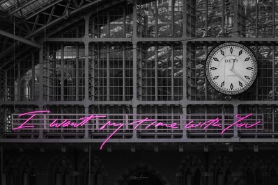 pictures of London - St Pancras International - Neon Sign