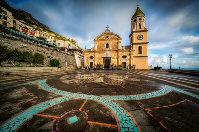 photography spots in Naples & the Amalfi Coast - Praiano  - Church of Saint Januarius and Square