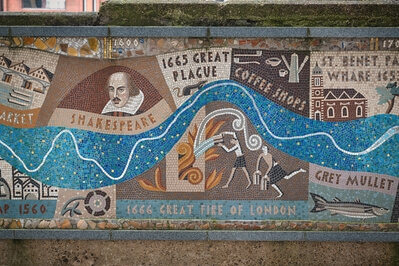 pictures of London - Queenhithe Mosaic