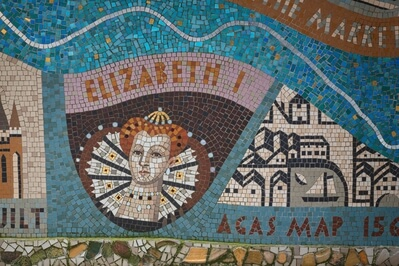images of London - Queenhithe Mosaic