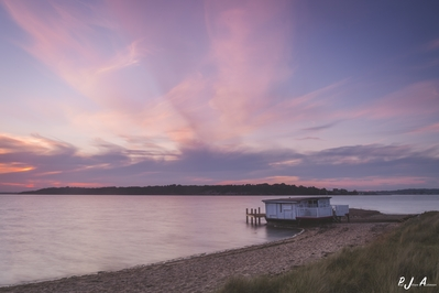 photography spots in England - Bramble Bush Bay