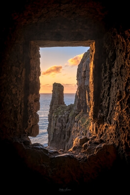 photography locations in South Wales - St Govan's Chapel