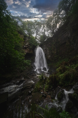 pictures of South Wales - Melincourt Falls