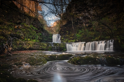 images of South Wales - Pontneddfechan - Four Waterfall Walk