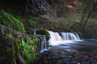 pictures of South Wales - Pontneddfechan - Four Waterfall Walk