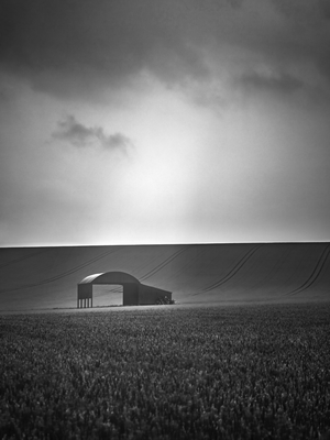 images of Dorset -   The Barn at Sixpenny Handley