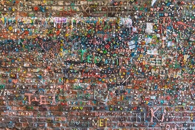King County photo locations - The Gum Wall