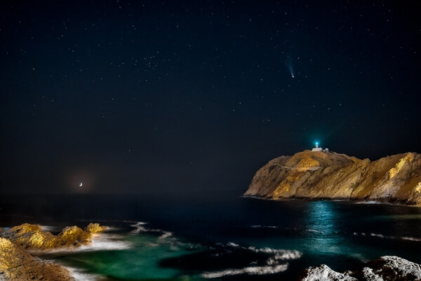 Moonset and the Neowise Comet over the Lighthouse