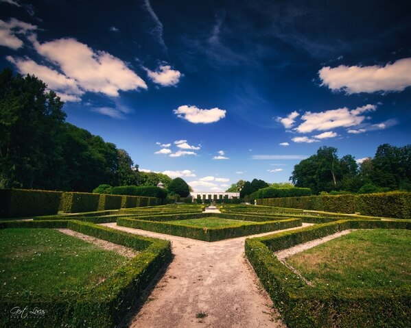 The formal garden at the Gardens of the Seneffe Castle