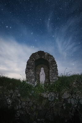 photo locations in South Wales - St Non's Chapel