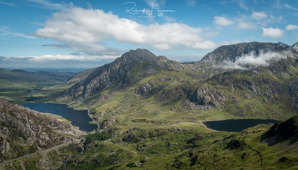 Tryfan from the end of Llymllwyd