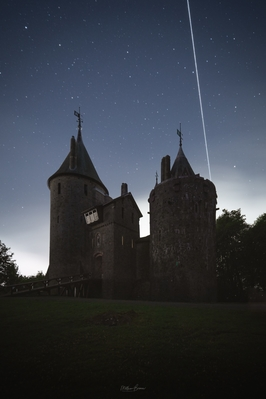 pictures of South Wales - Castell Coch - Exterior