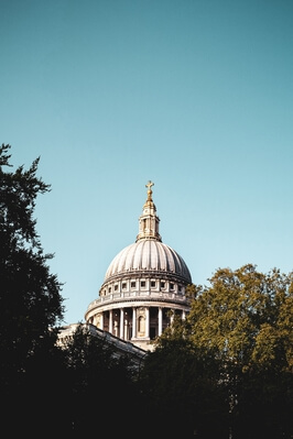 images of London - St Paul's Cathedral (exterior)