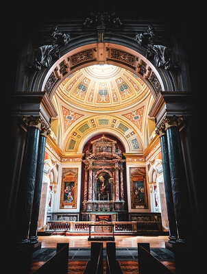 images of London - Brompton Oratory