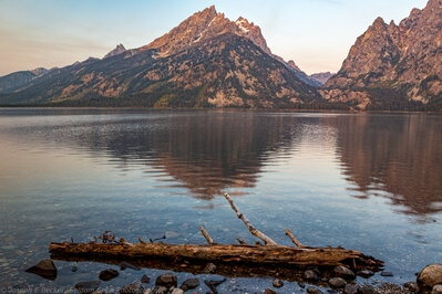 pictures of Grand Teton National Park - Jenny Lake Overlook and Shore