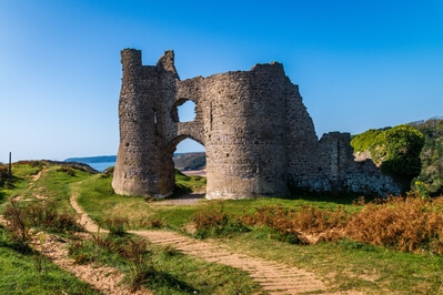 pictures of South Wales - Pennard Castle