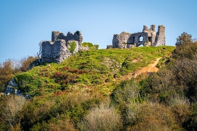 images of South Wales - Pennard Castle