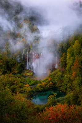 images of Plitvice Lakes NP - Veliki Prštavac from above
