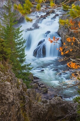 Firehole Falls in the Fall