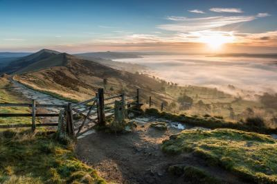 instagram spots in Derbyshire - Mam Tor Gate