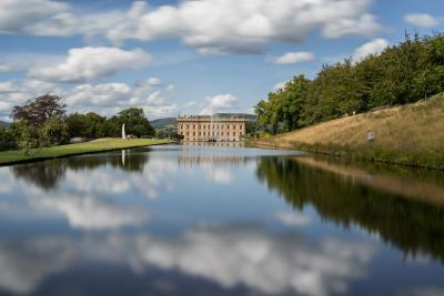 Derbyshire instagram spots - Chatsworth House and Gardens