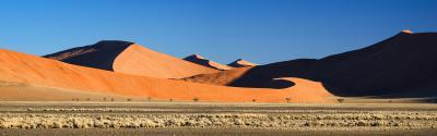 pictures of Sossusvlei - Three Peaks Valley
