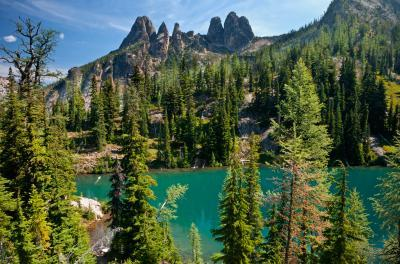 photos of North Cascades - Blue Lake/Early Winters Spires