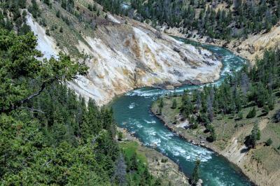 photos of Yellowstone National Park - Calcite Springs Overlook