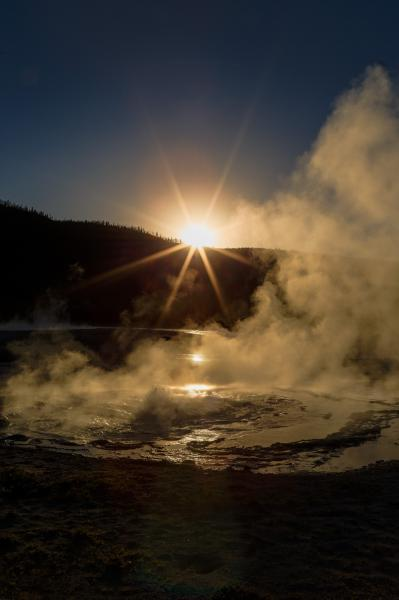 photos of Yellowstone National Park - Spouter Geyser – Black Sand Basin