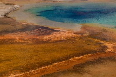 images of Yellowstone National Park - Sunset Lake – Black Sand Basin