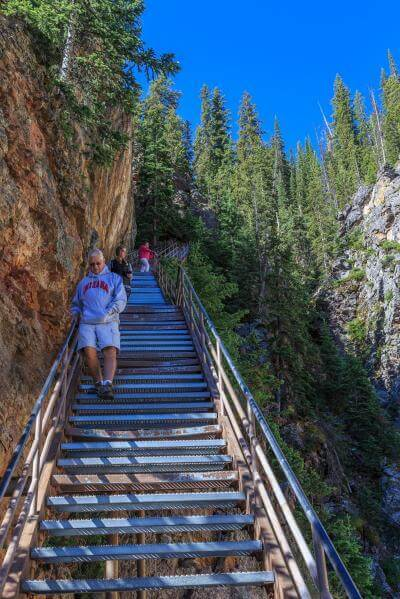 photos of Yellowstone National Park - LYF - Uncle Tom's Trail
