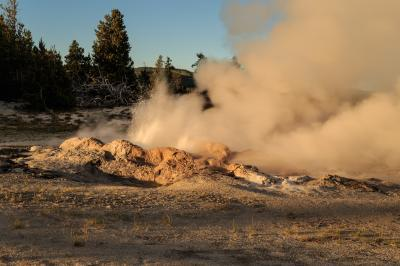 images of Yellowstone National Park - FPP - Jet Geyser