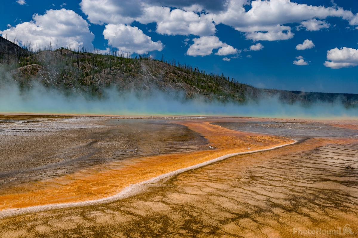Grand Prismatic Spring mid morning