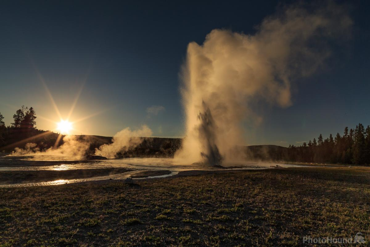 Daisy Geyser near sunset