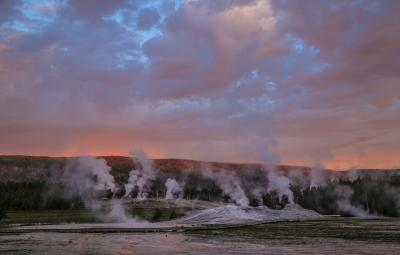 images of Yellowstone National Park - Upper Geyser Basin (UGB) General