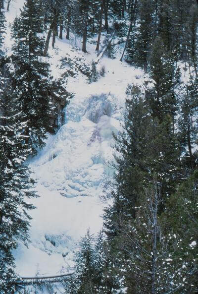 photos of Yellowstone National Park - Undine Falls