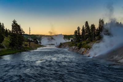 images of Yellowstone National Park - MGB - Firehole River