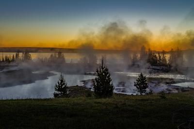 images of Yellowstone National Park - WTGB - West Thumb Paint Pots