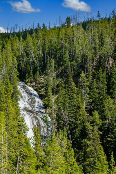 photos of Yellowstone National Park - Virginia Cascades