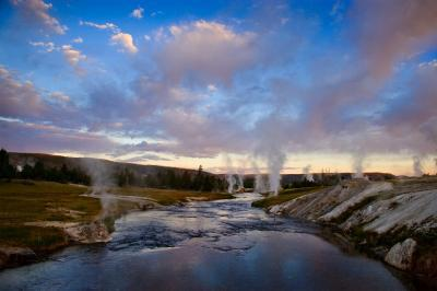 photos of Yellowstone National Park - UGB - Firehole River