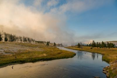 images of Yellowstone National Park - UGB - Firehole River from Hwy 89