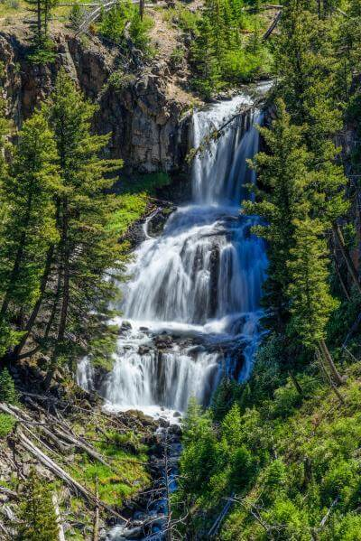 pictures of Yellowstone National Park - Undine Falls