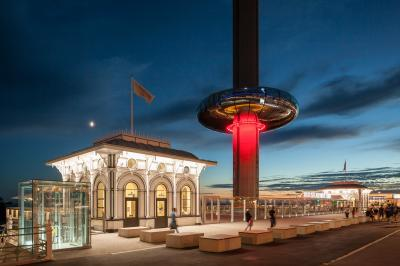photography spots in Brighton - View of the i360 Tower