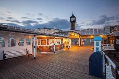 photos of Brighton & South Downs - Palace Pier