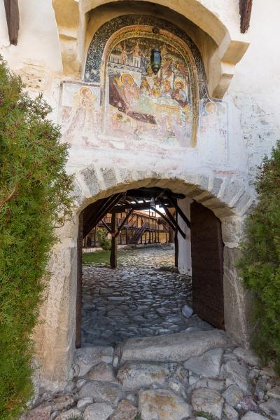 pictures of Bulgaria - Rozhen Monastery