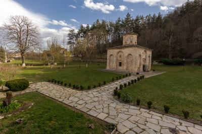 pictures of Bulgaria - Zemen Monastery